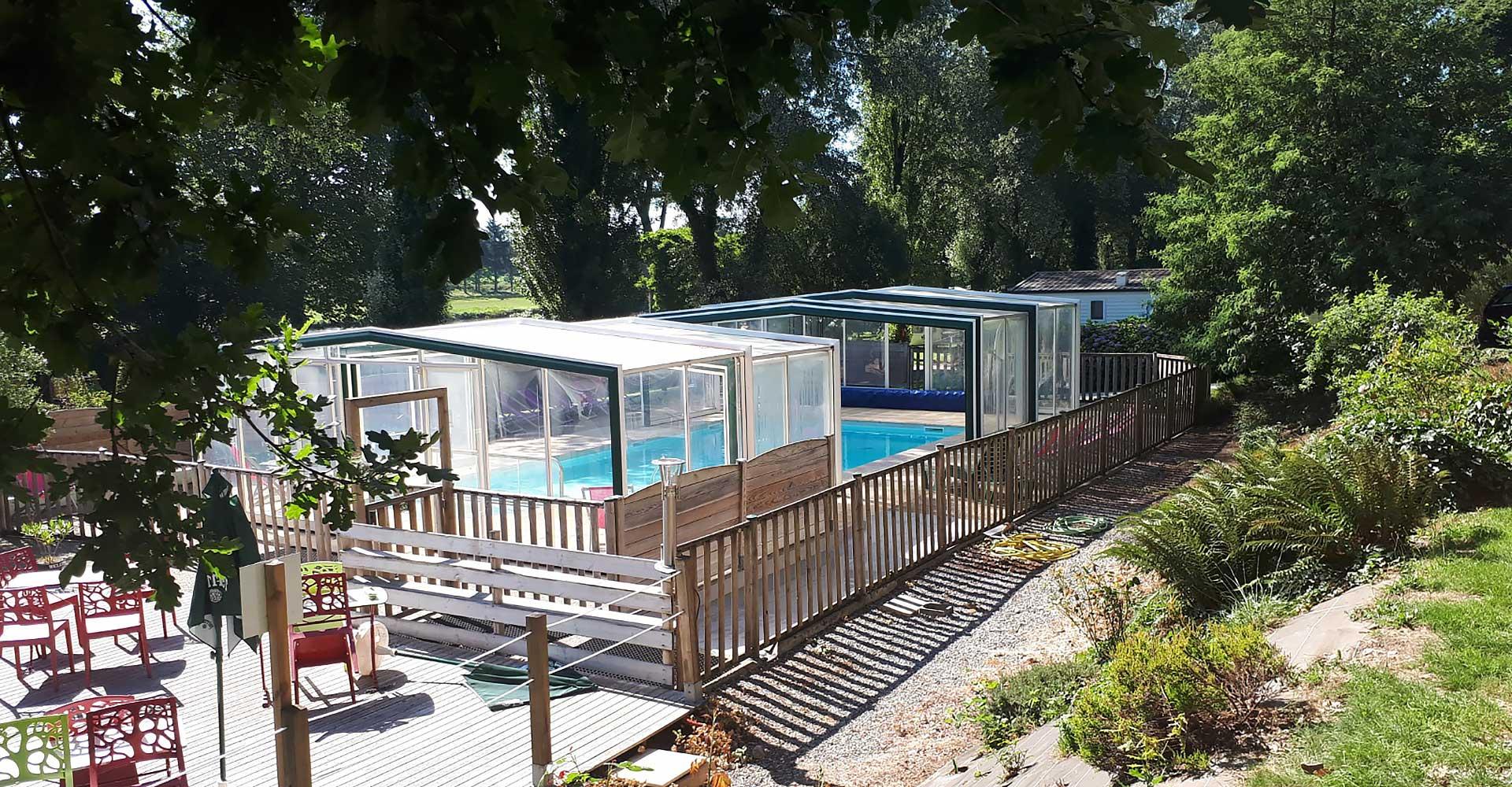 la piscine couverte du camping